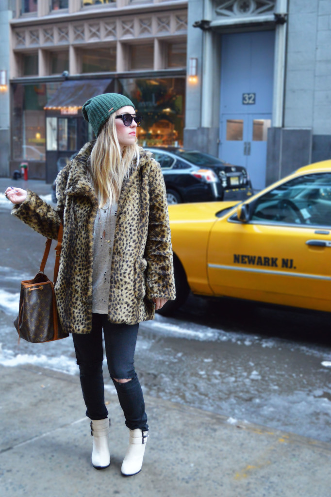 white boots fashion outfit post
