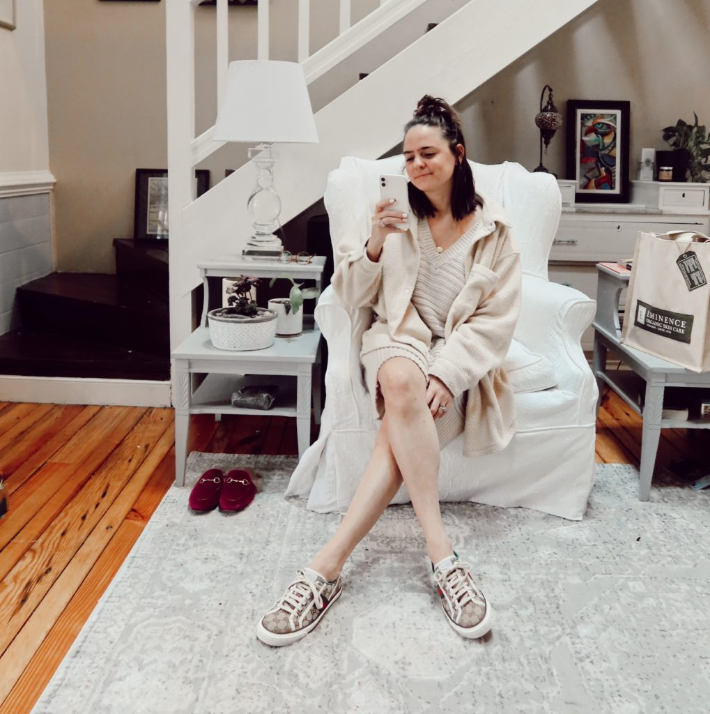 Neutral Sweater Dresses To Transition to Spring